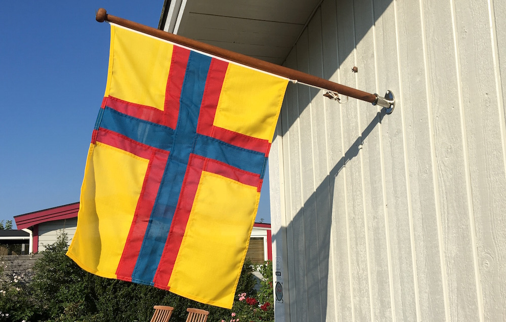Ingermanlands Flagga